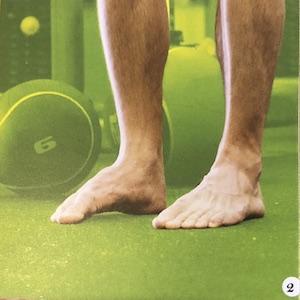Exercise de renforcement des pieds. Replier les orteils